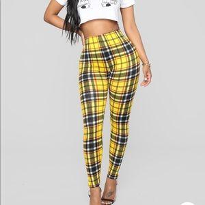 Plaid yellow leggings